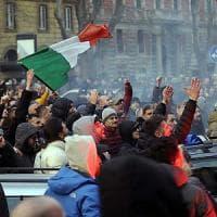 Roma presa d'assalto, Beppe Grillo cavalca la tigre populista