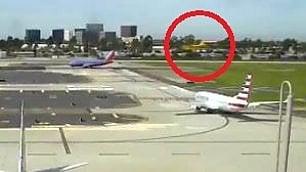 Harrison Ford pilota d'aereo: sbaglia pista e sfiora il Boeing
