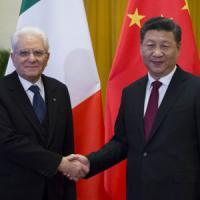 """Mattarella a Pechino: """"Italia affidabile, può portare la Cina nel cuore dell'Europa"""""""