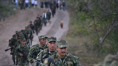 Colombia, lultima marcia delle Farc: settemila ex guerriglieri smobilitano dopo la pace