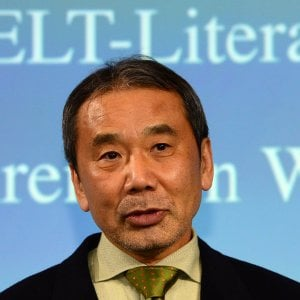 Giappone, il nuovo libro di Murakami: una misteriosa saga in due volumi