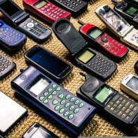 Cellulari vintage, 10 telefonini del passato da collezionisti