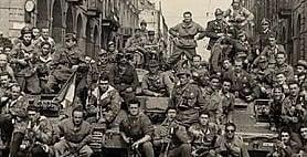 """Quei 20 mesi che cambiarono l'Italia per sempre: la Resistenza  e la spinta verso la libertà     Videointervista  La storica Ponzani:""""Il senso di quella guerra in cui le donne furono protagoniste""""      Il colloquio  Smuraglia (Anpi):  """"Fare di più per conservare la memoriadella Resistenza"""""""