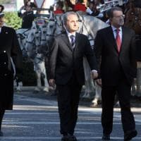"""Pd, padri nobili, ministri e governatori (quasi) tutti con Renzi: il """"chi sta con chi"""" in..."""