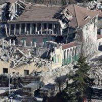 Nel cratere del terremoto: inagibile una casa su due