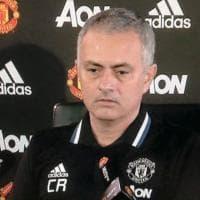 Mourinho omaggia Ranieri: sulla maglia le iniziali del tecnico esonerato