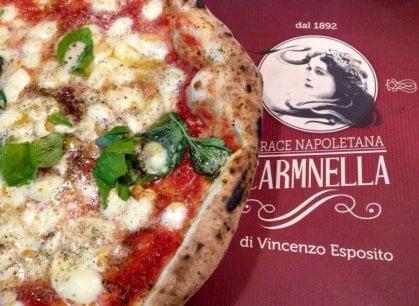 Pizzeria Carmnella e il cuore di Napoli: la sfida di Vincenzo Esposito