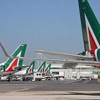 Alitalia, raggiunto l'accordo: resta valido il contratto