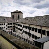 Carceri, a Regina Coeli s'impicca alle sbarre un detenuto di 22 anni