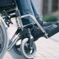 Bolzano, disabile muore travolta da un tir in un parcheggio