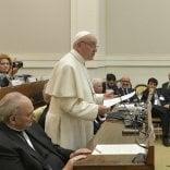 """Appello del Papa ai parroci:  """"Siate vicini ai giovani che convivono senza sposarsi"""""""