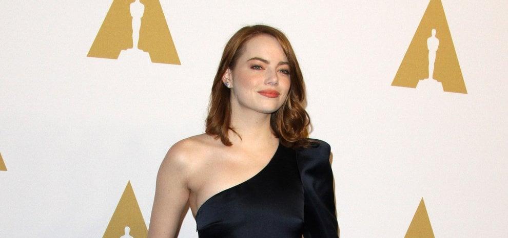 """La favorita Emma Stone dalla platea di Broadway agli Oscar: """"Realizzo un sogno"""""""
