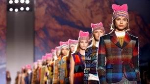 Missoni: un cappello rosa contro le discriminazioni    Foto