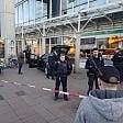 Germania, con l'auto nell'isola pedonale:  un morto e due feriti. Uomo colpito da polizia   foto