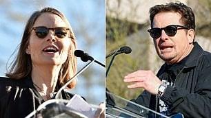 Jodie Foster e Michael J. Fox, protesta anti Trump a Los Angeles