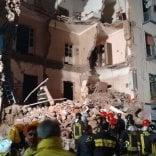 Catania, crolla palazzina di 3 piani: una vittima, grave bimba   Live Tv