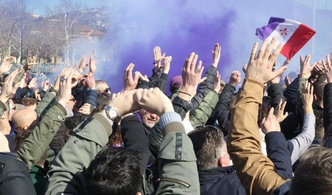 Fiorentina, tifosi contestano società e squadra. Sousa: ''Mai pensato a dimissioni''