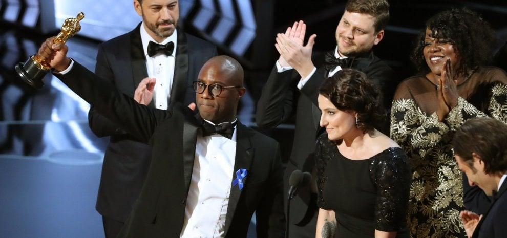 Oscar, il miglior film è Moonlight. A 'La La Land' sei statuette, con colpo di scena