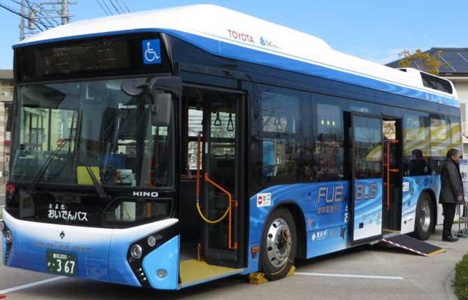 Il primo bus a idrogeno debutta a Tokyo