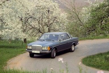 Mercedes Coupé, quarant'anni di successi