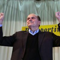 """Pd, Bersani: """"È Renzi il regista della scissione"""""""