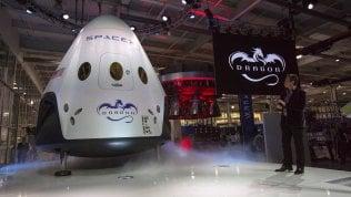 """Elon Musk annuncia: """"Porteremo sulla Luna due privati cittadini nel 2018"""""""