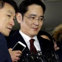 Sud Corea, vice presidente Samsung incriminato formalmente per corruzione