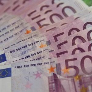 Il reddito medio dichiarato dagli italiani è 20.690 euro. Bonus 80 euro restituito da quasi un milione