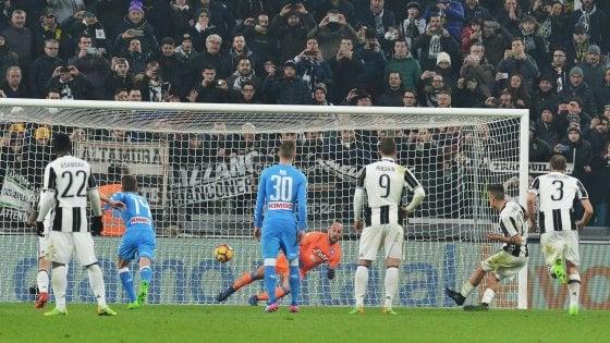 Juventus-Napoli 3-1, i bianconeri ipotecano la finale tra rigori e proteste