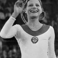L'ex campionessa finisce sul lastrico: Olga Korbut vende gli ori olimpici