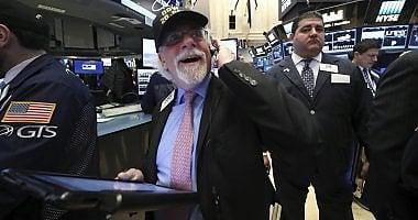 Borse positive dopo le parole di Trump   Istat: Pil al +0,9%, scende peso Fisco