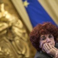 """""""Presidi, ridateci i soldi"""". Lo Stato sbaglia i conti e chiede diecimila euro a testa"""