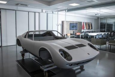 """Lamborghini e la storia, una """"clinica"""" per la Miura e le altre"""