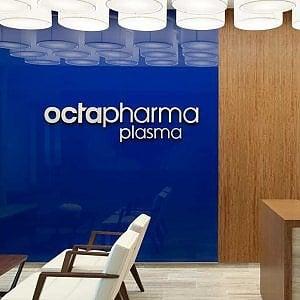 Octapharma, un'azienda farmaceutica trasformatasi in vampiro