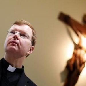 """La chiesa e il caso pedofilia, Zollner: """"Mary era delusa per la lentezza della commissione"""""""