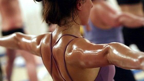 Lo yoga che fa sudare l'America (e anche l'Italia)