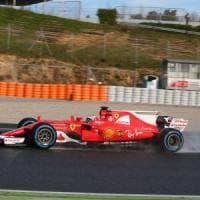 F1, test Barcellona: prove sul bagnato, ma Raikkonen vola sull'asciutto