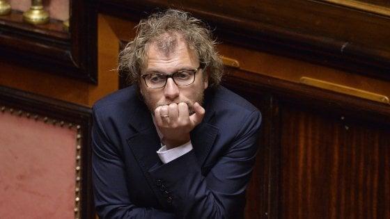 """Grillo: """"Consip è atomica su partiti"""". M5s: sfiducia per Lotti. Il ministro: """"Noi seri, campagna vergognosa"""""""