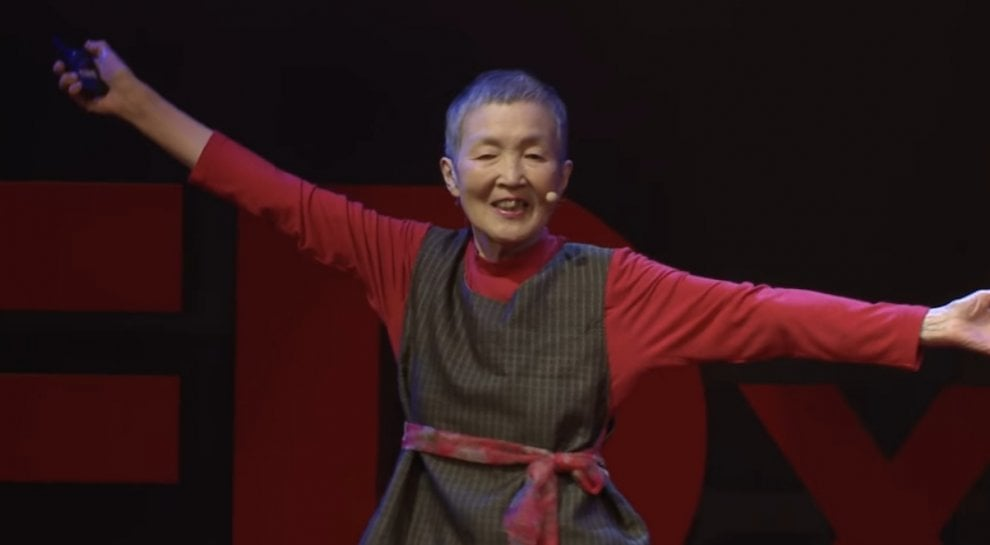 Nonna App, donna giapponese di 81 anni  inventa un'app per smartphone
