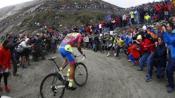 Il ciclismo e gli sponsor in fuga, un biglietto per vedere le corse