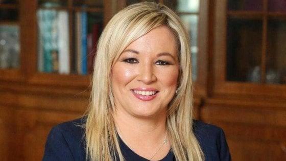 Irlanda del Nord, storico risultato degli indipendentisti dello Sinn Fein guidati da Michelle O'Neill