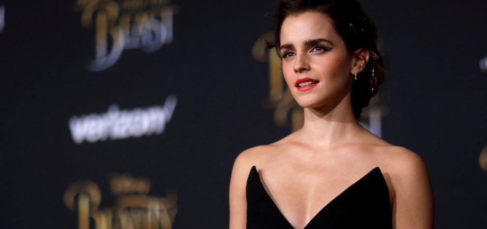 Emma Watson risponde alle critiche: 'Cosa c'entra il mio seno col femminismo?'