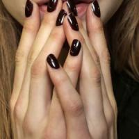 Semi o permanente, attenti a quella manicure. Può fare male alla pelle