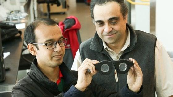 Addio doppi occhiali, ora ci sono le lenti smart: la messa a fuoco è automatica