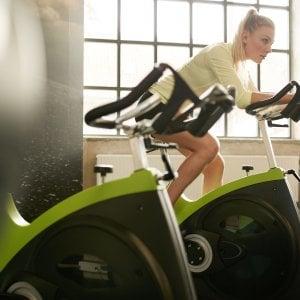 Fitness, il nuovo allenamento con la cyclette è sprint