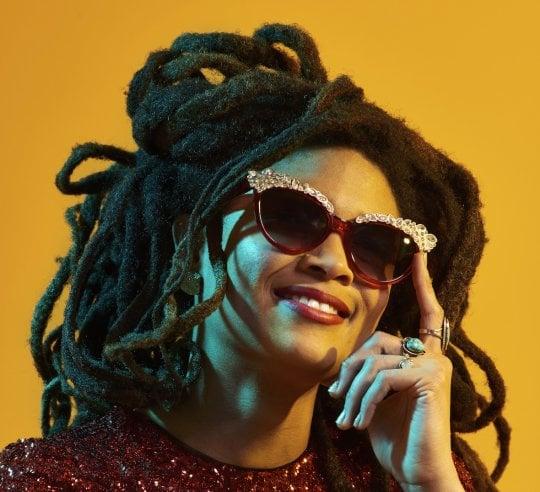 """Valerie June, la donna che ha conquistato Obama: """"Cambio le regole come Hendrix"""""""