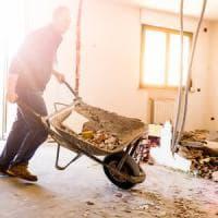 ''Gli sprechi penalizzano l'edilizia: si ricicla meno del 10% dei rifiuti''