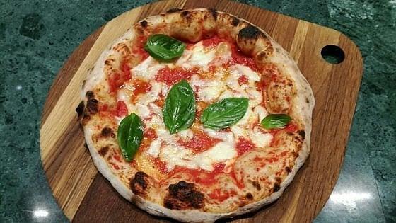 Profumo di pizza in franciacorta franco pepe sbarca all 39 albereta - Erbusco in tavola 2017 ...