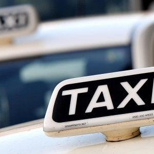 """L'Antitrust tende la mano a Uber: """"Serve una regolamentazione del settore Taxi e Ncc"""""""