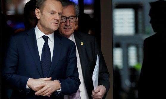"""Ue, verso un'Europa a due velocità. Gentiloni: """"È necessario"""". Juncker: """"Non è cortina di ferro"""""""